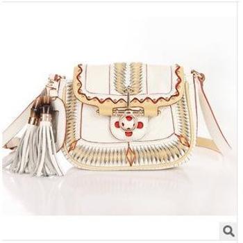 斐戈尔新款真皮女士休闲包 名族元素加上可爱流苏打造流行风 女包可单肩斜跨