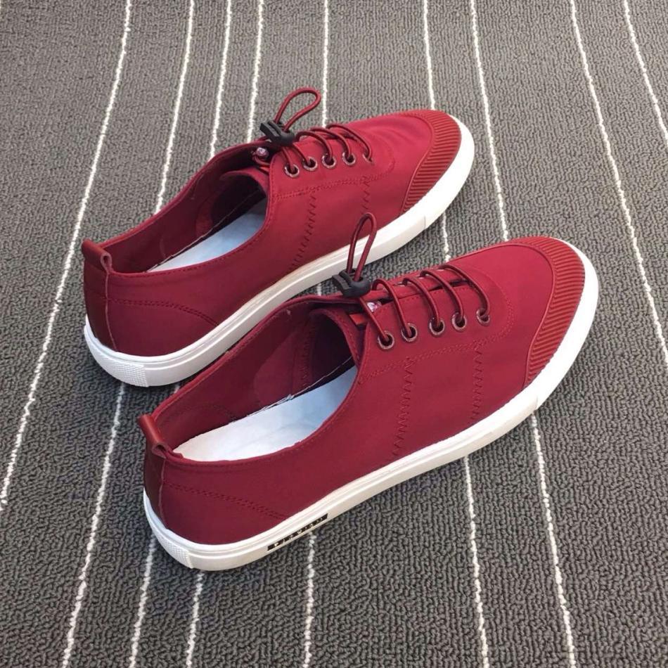 阿莱克顿青春时尚潮流韩版户外跑步鞋运动跑鞋套脚运动鞋男鞋