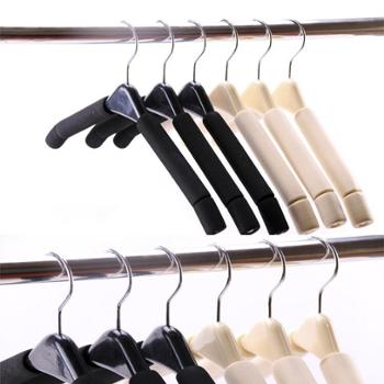 防滑无痕衣架成人家用海绵大衣服架木质挂衣架5个/组