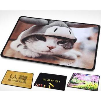 锁边创意卡通动漫游戏鼠标垫可爱女生防滑大小号加厚电脑办公桌垫