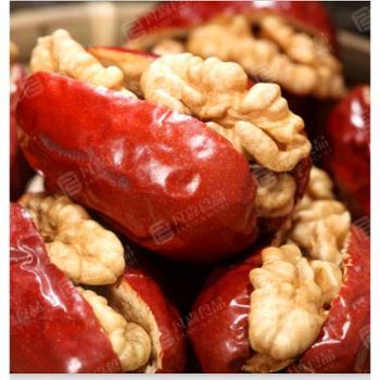 干果零食 抱抱果 新疆特产 红枣夹核桃 凡森和田大枣夹核桃仁418g/袋